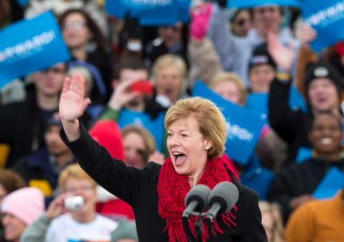 Тэмми Болдуин Первая открытая ЛГБТ, избранная сенатором США от штата Висконсин.