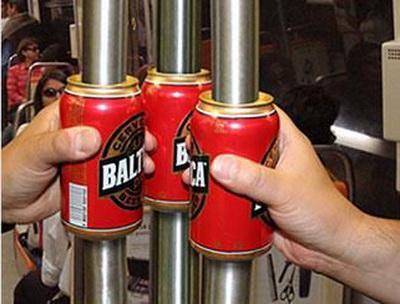 Реклама пива  в метро