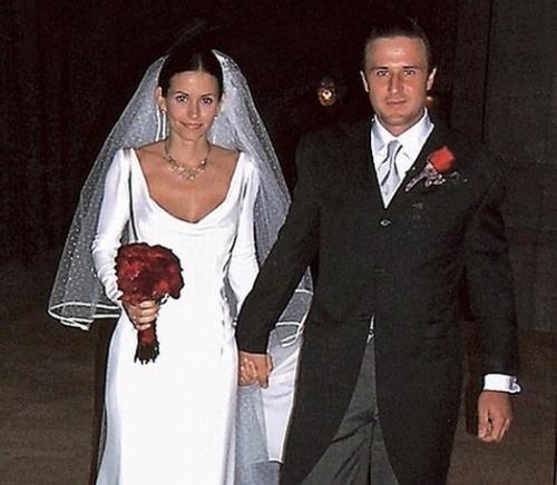 Летом 1999 года состоялась их свадьба. На церемонии присутствовало множество голливудских знаменитостей. В числе избранных гостей были Дженнифер Энистон, Брэд Питт, Розанна и Патрисия Аркетт.