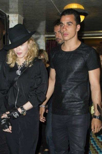 В августе 2014 56-летняя Мадонна рассталась с очередным бойфрендом 26-летним танцором Тимором Стеффенсом. Пара встречалась чуть более полугода, но певица решила закончить эти отношения — говорят, что юный танцор «слишком многого требовал».