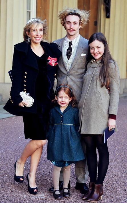Однако, в результате, в июле 2010 года на свет появилась их первая дочь - Уайльда Рэй. А в январе 2012 года и вторая - Роми Хироу. Аарон и Сэм воспитывают также двух дочерей Тэйлор-Вуд от первого брака: 15-летнюю Анджелику и 5-летнюю Джесси.