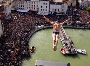 25 ������ ���� ������� �� ���� � ������ Red Bull Cliff Diving
