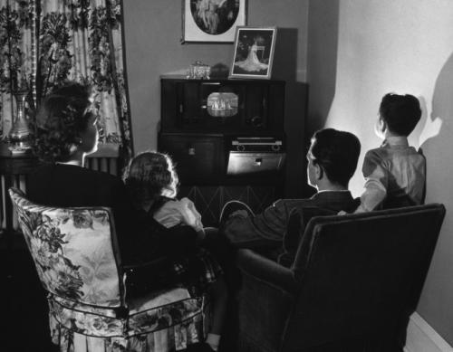 1940-е годы: начало семейного телевидения.