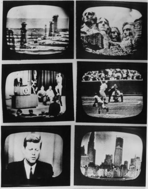 23 июля 1962: первая одновременная передача шести программ с шести мониторов в Европу через спутник Телстар.