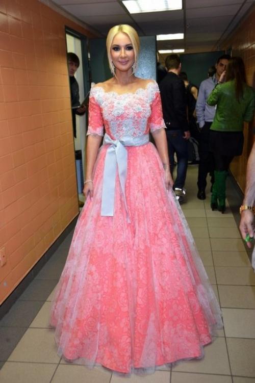 И вновь Лера-принцесса.