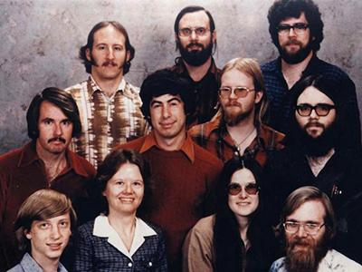 ���������� �������� Microsoft, 1978 ���. ����� ����� - ���� ����� (Bill Gates).