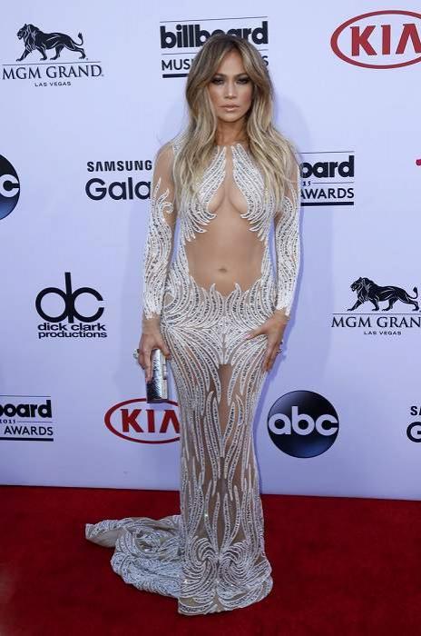 Дженифер Лопес на церемонии Billboard Music Award 2015