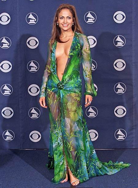 Дженнифер Лопес на премии Grammy 2000