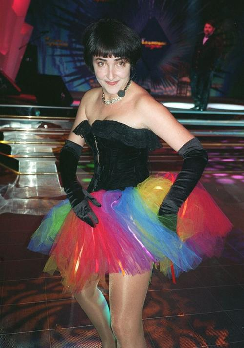 Лолита Милявская Родись Лолита году так в 1990-м, она наверняка прониклась бы эмо-модой 2000-х.