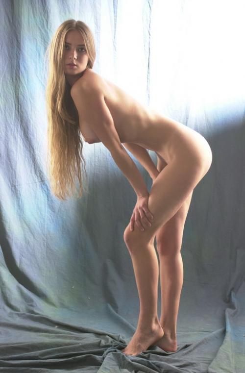 smotret-golie-i-smeshnie-na-pertse