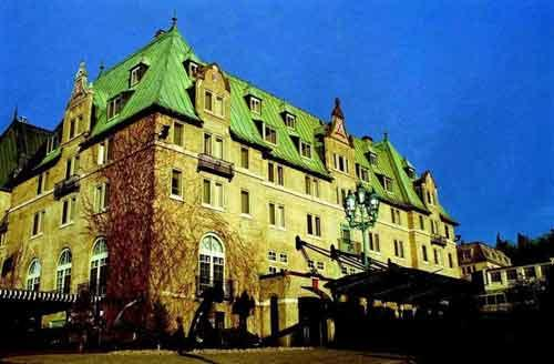 Казино Fairmont Le Manoir Richelieu, Квебек (Канада)Это казино находится на курорте абсолютно отличном от неоновых джунглей Лас-Вегаса...