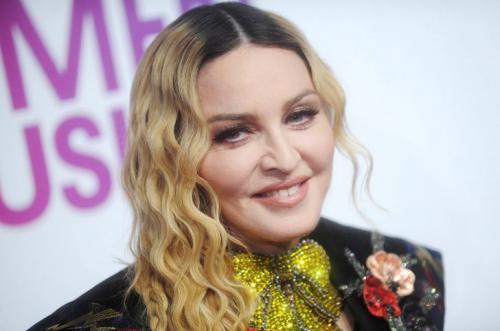 9. Мадонна Мадонна, заработавшая 590 миллионов долларов, заняла в рейтинге девятое место. Она остается успешной певицей, начиная со старта своей музыкальной карьеры в 1980-х годах. Многочисленные награды подтверждают звездный статус артистки, а туго набитый кошелек — сноровку в бизнесе.