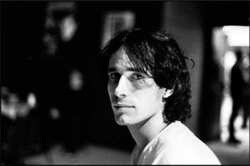 Карьера Бакли как музыканта началась в 1991 году, однако он успел записать лишь один студийный альбом. Он погиб 29 мая 1997 года, утонув в реке Миссисипи. Его тело нашли лишь 4 июня.