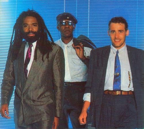 Bad Boys Blue. Евродиско-группа, образованная в Кёльне в 1984 году, которая за свою историю выпустила около 30 хит-синглов, попавших в чарты многих стран мира, в том числе и в США.