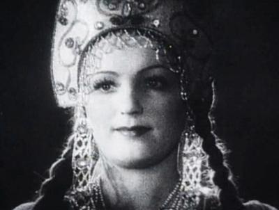 Марья-Моревна, краса ненаглядная, из сказки Александра Роу «Кащей Бессмертный» (1944), практически всю свою жизнь посвятила театру, очень редко снимаясь в кино.