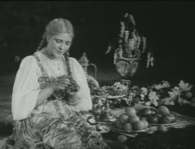 Многие реплики героинь Заслуженной артистки РСФСР, вроде «Ну сказали глупость - это же с каждым случается», стали крылатыми, а манера ее игры позаимствована актрисами следующих поколений.