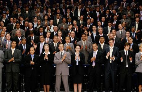 Топ-50 самых необычных профессий в мире
