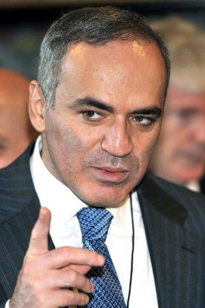 Гарри Каспаров, российский шахматист и политикIQ=190