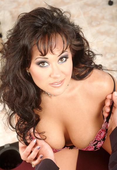 Азия Каррера (Asia Carrera), американская порнозвездаIQ=156