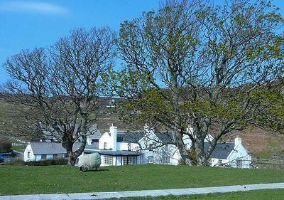9. Colonsay Hotel