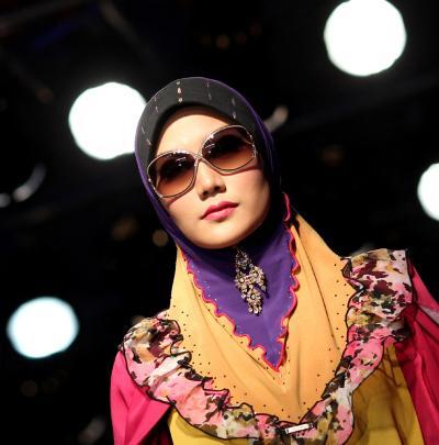 отсюда.  Фото взяты.  А в следующий раз расскажу вам об исламских конкурсах красоты. и.