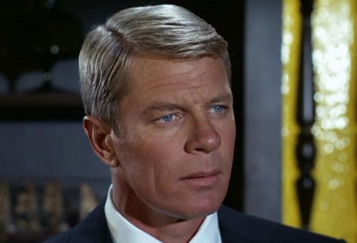 14 ����� � �������� 83 ��� ���� �� ����� ������������ ����� ����� ������ (Peter Graves), ������ ����� ��������� ������� �� ���� � ����������� ������� ����������� (1967-1973), � ����� � ������� ���� ������ ��������� (1999) � ����� � ������-2� (2002).