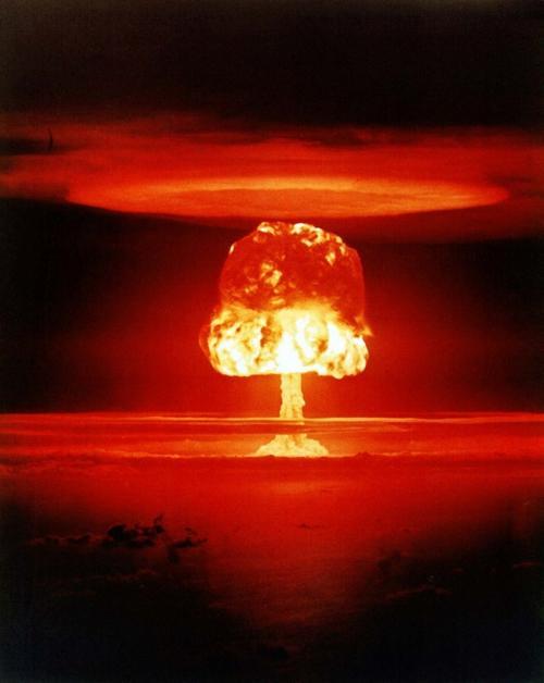 взрыв плоти: