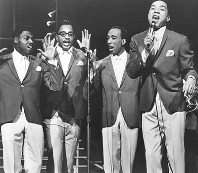 32. ����� �������� (Smokey Robinson) �  The Miracles