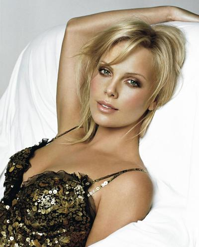������ ����� (Charlize Theron), �������� ����� ������, - ����� ���� ��� � 2008 ����. ������������� ������ - ������ ��������, ������������ ������� � ���������� ��������������� ������. ������� ����� ���� ������ �������, � � ��������� ���������� ������� ������� ������������.