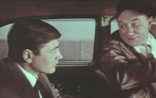 Позже он снялся еще в трех картинах - «Маринка, Янка и тайны королевского замка», «Дипломаты поневоле» и «Лес, в который ты никогда не войдешь», однако его появление в них ограничилось короткими эпизодами. Игорь Вознесенский рассказывал: «В моем фильме «Потрясающий Берендеев» он сыграл роль Артура Брагина. В 1975-м мне было всего двадцать пять лет, я только начинал. Но на эту роль никого больше не пробовал. И ни на секунду не пожалел.