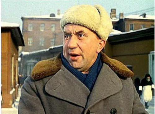 А в 1965 году его снова позвал исполнить роль в своей комедии «Операция «Ы» и Другие приключения Шурика» Леонид Гайдай.
