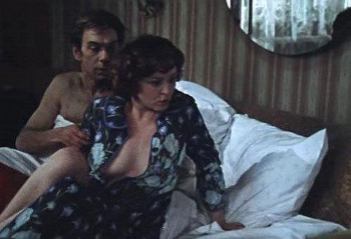 shlyuhi-skritaya-kamera-v-saune