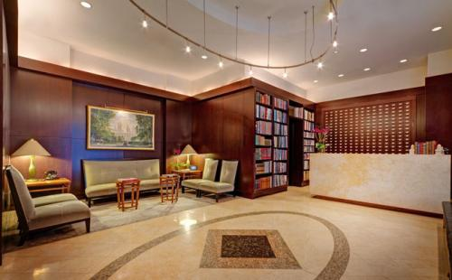 �The Library Hotel�, ���-���� ����, ���