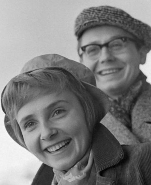 """Олег Табаков """"Кот Матроскин"""" и актриса Людмила Крылова состояли в браке более 30 лет."""