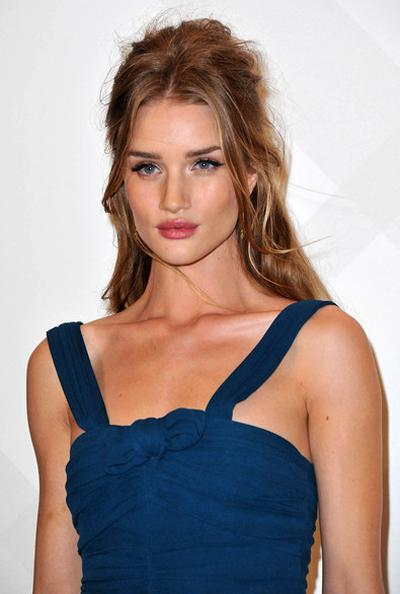 5. Рози Хантингтон-Уайтли (Rosie Huntington-Whiteley)