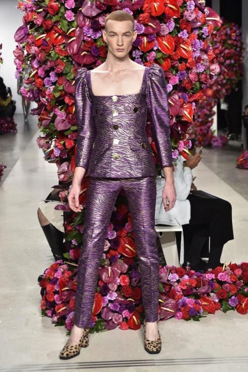 Картинки по запросу показ моды в нью-йорке 2017