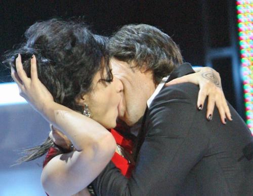 Лесби поцелуи знаменистостей