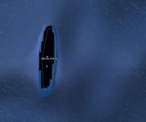 В 2012 году группа австралийских исследователей обнаружила «неоткрытый» остров размером с Манхэттен (58,8 кв. км) в южной части Тихого океана. Загадочное место получило название остров Сэнди и заняло место на картах к северо-западу от Новой Каледонии. На картах Google он тоже появился, напоминая черную угловатую сосиску. Однако, когда в ноябре 2012-го на место предполагаемого острова прибыли ученые, они обнаружили лишь бескрайние океанские просторы. В своем объяснении, обнародованном в апреле 2013 года, ученые объявили остров «ошибкой», пояснив, что, скорее всего, за остров принималось какое-то скопление или образование, возможно, из пемзы.