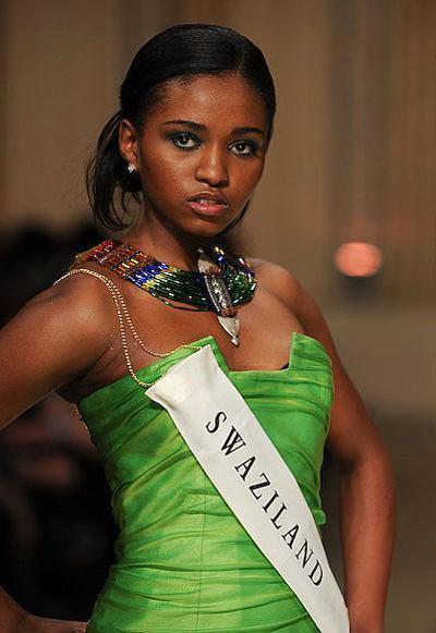 Свазилендская фотомодель Тиффани Симелайн (Tiffany Simelane), победительница конкурса «Мисс Свазиленд 2008», ушла из жизни по собственному желанию 17 августа 2009 года.