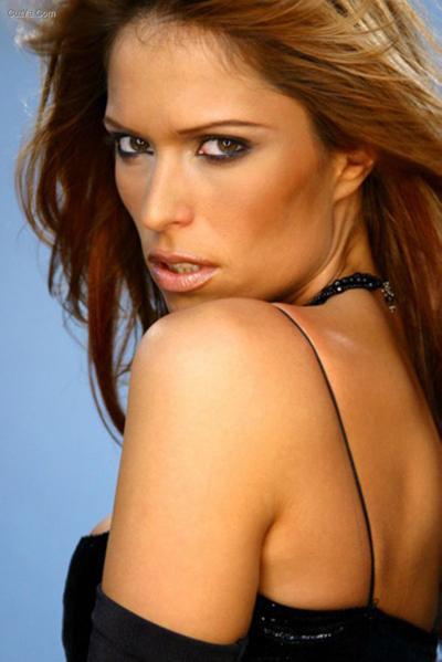 32-летняя сербская певица, танцовщица и фотомодель Ксения Пайчин (Ksenija Pajčin) была застрелена 16 марта 2010 года в собственной квартире своим женихом Филипом Каписодом.