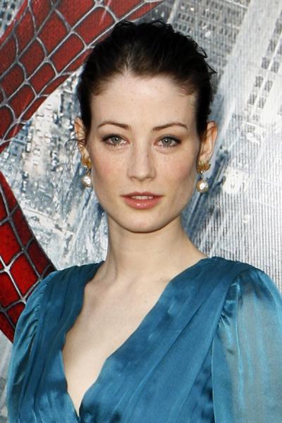 Британская киноактриса и модель Люси Гордон (Lucy Gordon) повесилась 20 мая 2009 года, за 2 дня до 29-летия, в своей парижской квартире.