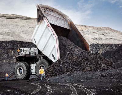 Самый большой по объему кузов Самый большой в мире кузов принадлежит американскому грузовику Westech T282C Flow Control Body - 470,4 кубометров вместимости угля при плотности 0,86 тонн на кубометр.
