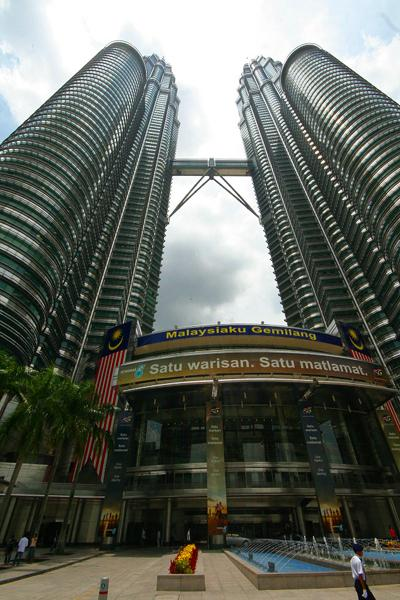 �����-�������� �������� (Petronas Twin Towers), �����-������, ��������