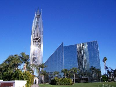 �������������� ������������ ����� (����. Crystal Cathedral) � ������ ������ �����, ����� ������, ���� ����������, ���, - ��� �������� ��������� ������� ����� ������, ��������������� ������ ����� � ������� � ������ � �������� � �������� ��������� ���������.