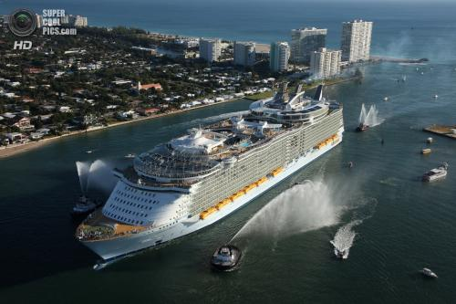 Oasis of the Seas - ����� ������� � ���� �������� ������.