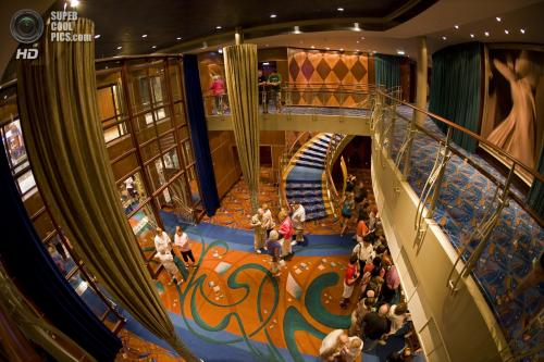 �������� ������ Oasis of the Seas - ��� ��������� �������� �����.