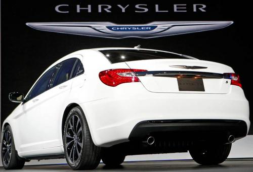 «Chrysler 200» 2011 года.