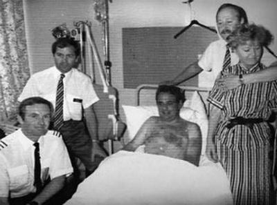 После приземления выяснилось, что Тим жив, медики диагностировали у него синяки, а также переломы правой руки, пальца на левой руке и правого запястья. Спустя пять месяцев Ланкастер снова сел за штурвал. Стюард Найджел Огден отделался вывихнутым плечом, обморожением лица и левого глаза.