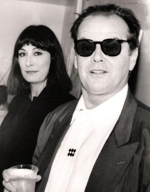 Джек Николсон (Jack Nicholson) и Анжелика Хьюстон (Anjelica Huston)