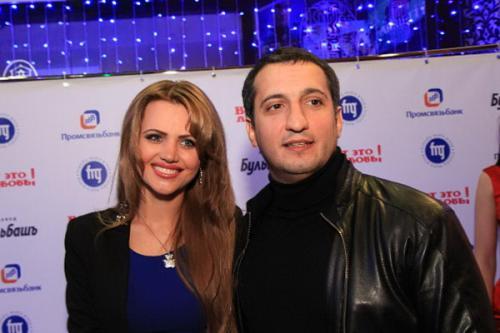Актер Арарат Кещян с женой Екатериной.